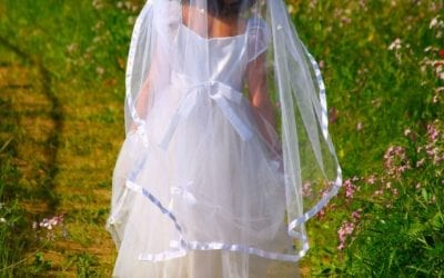 Things to Consider When Buying Your First Communion Dress